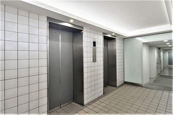 01 1階 エレベーターホール 2